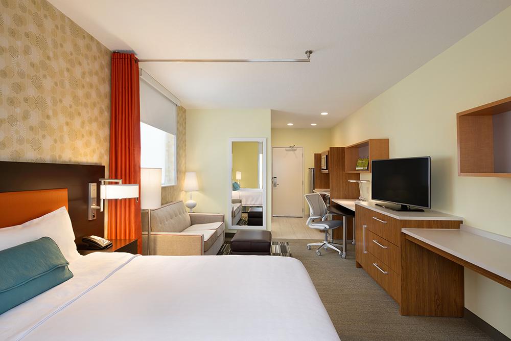 Home2 Suites by Hilton Minneapolis Bloomington – 1 King Studio Suite – 1132776