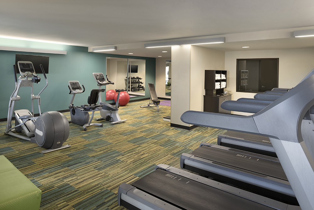 dulmn-holiday-inn-hotel-&-suites-duluth-downtown-fitness-center